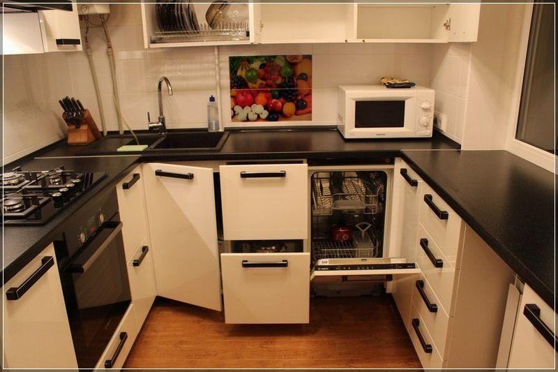 Как правильно разместить бытовую технику на миниатюрной кухне: несколько советов