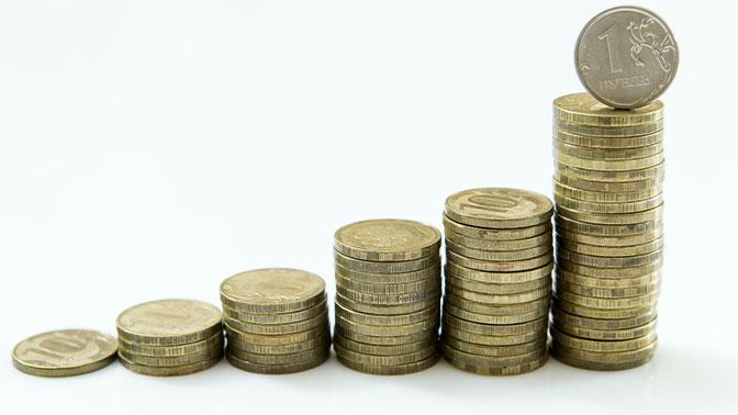 Сбербанк повысил ставки по вкладам. Выгоднее купить доллары или вклад?