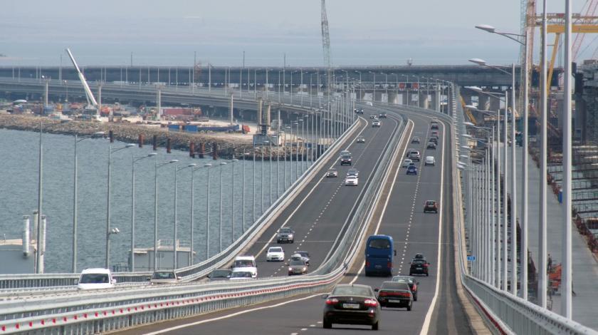 В конце сентября запуск грузового движения по Крымскому мосту