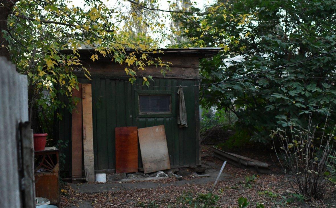 Теплицы, сараи, заборы на участках предложили не считать недвижимостью