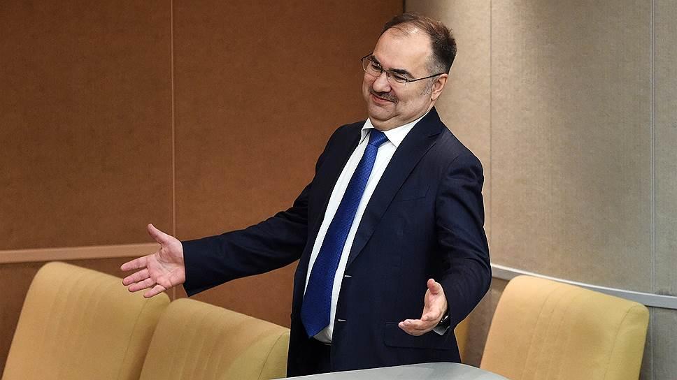 Глава ПФР заявил, кто получит 2000 рублей социальной доплаты к пенсии