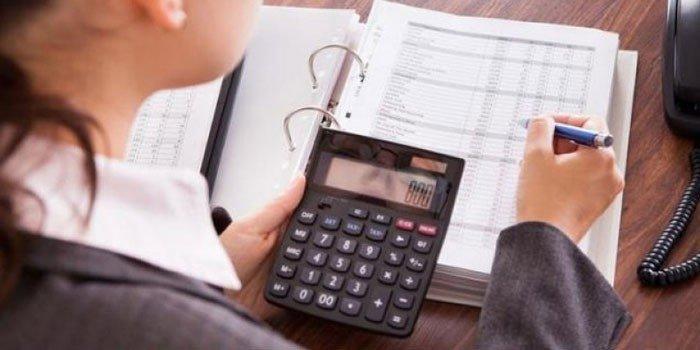 Кому из граждан можно списать долги свыше 300 000 рублей до Нового года