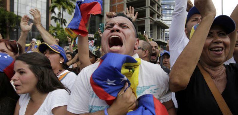 Последние новости о госперевороте в Венесуэле. Пропали российские инвестиции?