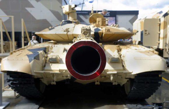 Смотреть видео испытаний новейшего танка Т-90М