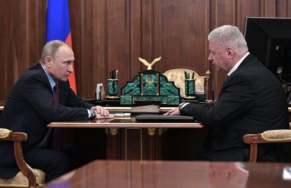 Путин рассмотрит предложение профсоюзов изменить компенсации для работающих пенсионеров