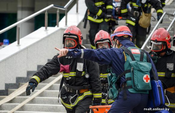 В университете в Санкт-Петербурге обрушились перекрытия с пятого по второй этажи. Последние новости