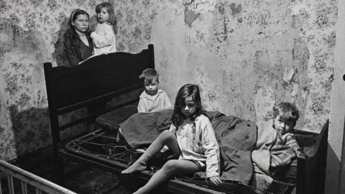 Чиновники рассказали как будут уменьшать бедность семей с детьми